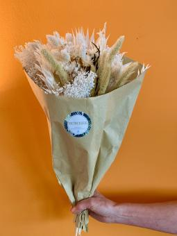 DRY-FLOWER-BUNCHES White