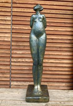 Handgefertigte Skulptur aus Beton gefertigt